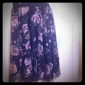 Torrid Rose print skirt